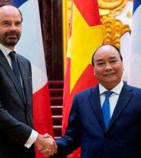 Édouard Philippe, France, Vietnam, contrats