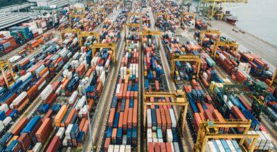 La déficit commercial de la France encore et toujours négatif